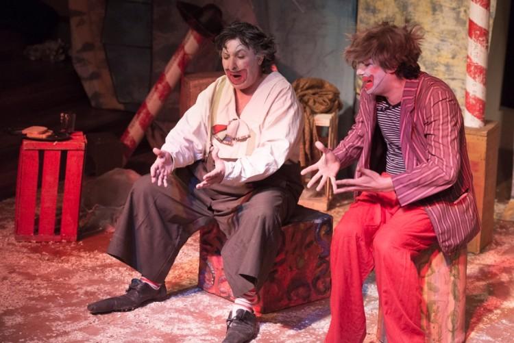 """Elenco de Teatro saldrá a escena con """"Zapatones"""""""