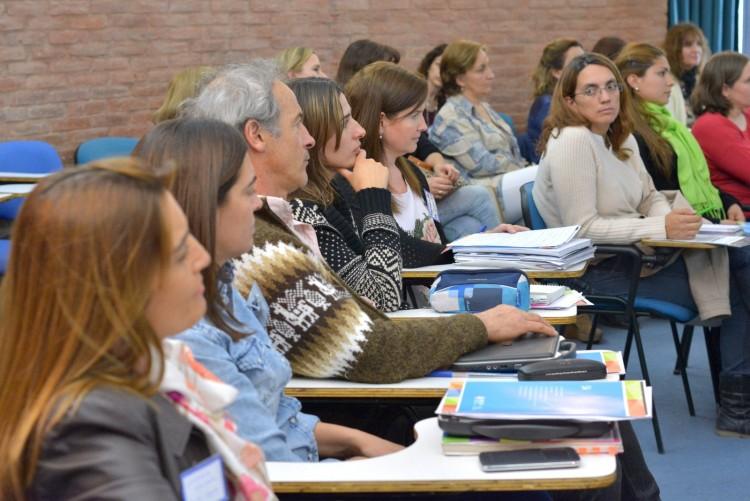 Convocatoria de movilidad para docentes de la uncuyo 2016 for Convocatoria de docentes 2016